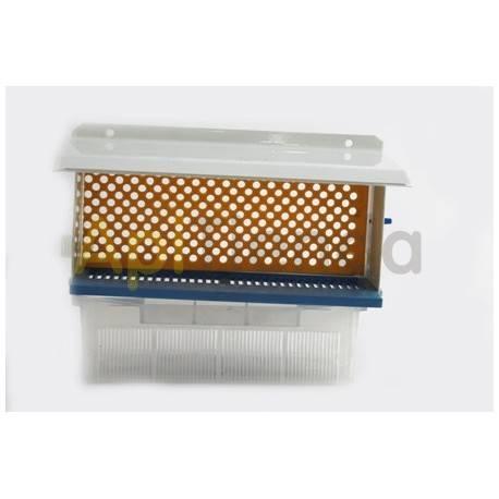 Cazapolenes/Rejillas de propoleo Cazapolen plástico+metal 20cm Cazapolen plástico+metal 20 cm. Calidad extra. 50ud.-12.20€. 10