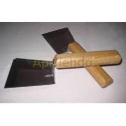 Espátulas, cepillos y levantacuadros Espátula recogedor colmena inox Espátula especial para rascar y limpiar el interior y fondo