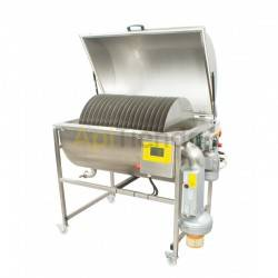 Honey dehydrator 150kg (approx. 110L), It is designed to vaporize honey fluid. Water that is part of honey, should not exceed mo